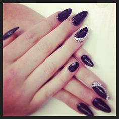 Black and diamond almond nails
