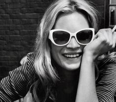sunnies & a smile. #dose