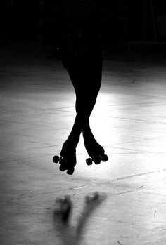 Rollerskate black and white