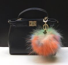 34.00$  Watch here - http://vibin.justgood.pw/vig/item.php?t=atzz0ha45260 - NEW Tropical Swirl™ Multi Color Raccoon Fur Pom Pom bag charm clover flower char
