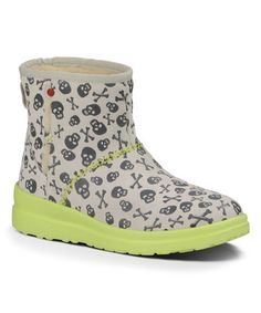 f48350c0fea 139 Best Uggs & Their Look-A-Likes...lol images in 2019 | Uggs ...