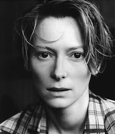 Tilda Swinton, such an interesting face. She is so stunning.