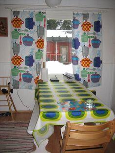 Finnish living: Marimekko Kattila fabric as kitchen curtains. #Marimekko #Finland #home