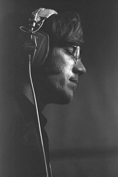 Post with 171 views. Ray Manzarek - The Doors Ray Manzarek, Classic Rock Artists, The Doors Jim Morrison, Morrison Hotel, The Doors Of Perception, Kings Of Leon, American Poets, Martin Scorsese, Carrie Fisher