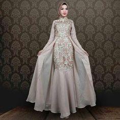 Dress Hijab Wedding Abayas 67 Ideas Source by dress hijab Dress Muslim Modern, Kebaya Modern Dress, Kebaya Dress, Dress Pesta, Muslim Dress, Model Kebaya Modern Muslim, Model Kebaya Brokat Modern, Dress Brokat Modern, Hijab Gown
