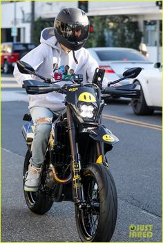 Justin & Hailey Bieber Spend Their Weekend in Different States: Photo Justin Bieber takes his custom Drew House motorcycle for a spin! Justin Bieber, Speedway Motorcycles, Justin Hailey, Just Jared Jr, Hailey Baldwin, Debut Album, Love Of My Life, Photo Galleries, Street Wear
