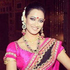 Sweta tiwari marathi look Shweta Tiwari, Marathi Wedding, Something Special, Aishwarya Rai, Indian Beauty, Desi, Bollywood, Saree, Celebs