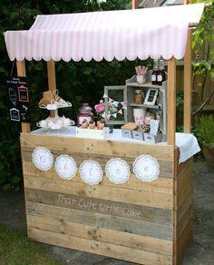That Cute Little Cake: Chloe's Ice Cream Birthday Party