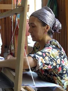 Weaving Silk - Margilon - Uzbekistan