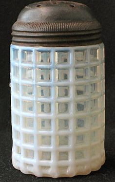 White opalescent BEATTY HONEYCOMB sugar shaker EAPG