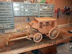 Toy Wagon, Horse Drawn Wagon, Wood Toys Plans, Chuck Wagon, Farm Toys, Birdhouses, Wood Carving, Woodworking Plans, Wooden Toys