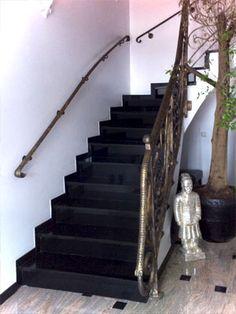 Treppe renovieren mit Treppenstufen aus Granit