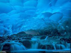La grotte de Juneau en Alaska - Fournis par Webedia SAS