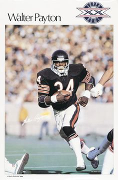 Walter Payton - SI, I have this poster framed from when I was a kid. Bears Football, Titans Football, Nfl Football Players, Football Cards, Football Uniforms, Football Season, Nfl Sports, Sports Stars, Chicago Bears Super Bowl