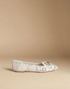 4922403f209 7 mejores imágenes de Sandalias nais   Flat sandals, Bass shoes y ...