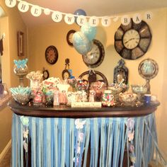 Baby Shower decoration for food tables. candy bar idea?