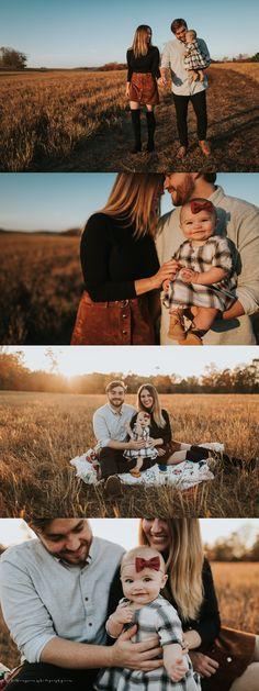 Cute Family Photos, Family Photos With Baby, Outdoor Family Photos, Family Picture Poses, Family Picture Outfits, Family Photo Sessions, Sunset Family Photos, Mini Sessions, Family Photo Shoots