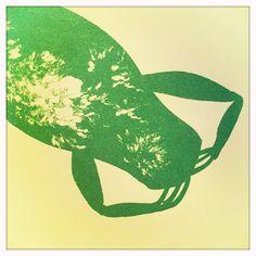 """Bruno Munari """"La rana Romilda"""" Corraini edizioni Dimensioni: 24.0 x 22.0 cm Lingue: disponibile in italiano e inglese Pagine: 48 1a edizione: 03/1997 Edizione corrente: 4a ristampa 10/2012 ISBN: 978-88-86250-41-2"""