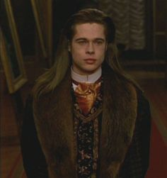 Louis de Pointe du Lac - Interview with the Vampire: The Vampire Chronicles movie - brad pitt Brad Pitt Vampire, Jennifer Aniston, Bard Pitt, Brad Pitt Interview, Anne Rice Vampire Chronicles, Angelina Jolie, Lestat And Louis, Best Vampire Movies, Sandy Powell