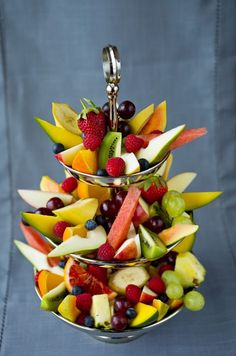 Fristende frukt | Meny.no Summer Snacks, Summer Recipes, Easter Buffet, Healthy Snacks, Healthy Recipes, Snack Recipes, Cooking Recipes, Brunch Buffet, No Cook Desserts