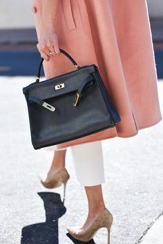 hermes-kelly-bag-1 Hermes Kelly Bag, Hermes Handbags, Designer Handbags 1597c49ad1f
