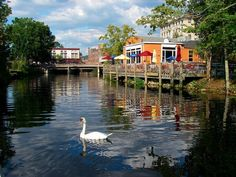 10 Charming River Towns In Rhode Island To Visit This Spring