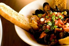 Rosebud Italian Country House Steamed Mussels Appetizer (Dinner Only)