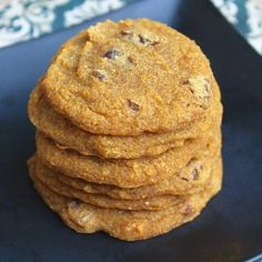 Banana Pumpkin Cookies great for food allergies - Vegan Recipes Gluten Free Cookie Recipes, Gluten Free Cookies, Gluten Free Desserts, Healthy Desserts, Snack Recipes, Paleo Sweets, Healthy Treats, Healthy Foods, Baking Recipes