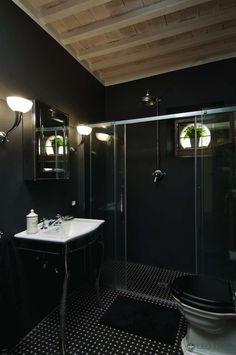 Delicieux Pretty Much An Entirely Black Bathroom.