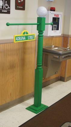 DIY Sesame Street Post - the light works too!