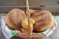 Paine pufoasa de casa cu malai si cartofi Romanian Food, Romanian Recipes, Antipasto, Baked Potato, Bread Recipes, Vegetarian Recipes, Turkey, Food And Drink, Cooking