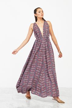 The Roswell Dress https://www.thereformation.com/products/roswell-dress-kent?utm_source=pinterest&utm_medium=referral&utm_term=roswell%2Bdress&utm_campaign=oct%2021%20new