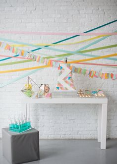 Geometric wedding inspiration | Details + Decor, Wedding Ideas | 100 Layer Cake