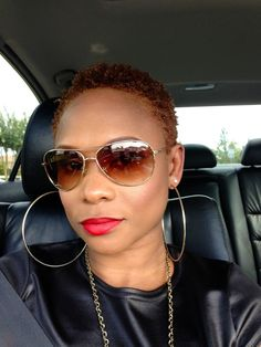 Stylish #TWA #naturalhair Loved By NenoNatural! #curlyhair #kinkyhair #nenonatural #vlogger #blogger #hairblogger