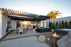 Like the trellis. McLean Company Rentals - H-Luxurious Newly Renovated Modern Mid-Century - CA