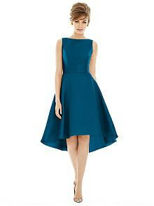 Alfred Sung D697 Cocktail Scoop Sleeveless Bateau http://www.dessy.com/dresses/bridesmaid/d697/