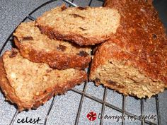 Oatmeal and flax quick Bread - Κέικ διαίτης Greek Recipes, Diet Recipes, Greek Sweets, Recipe Images, Quick Bread, Banana Bread, Oatmeal, Deserts, Baking