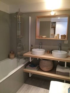 """Salle de bains - travaux - modernisation """"Maison à Vendre"""" M6 - 15/12/2015 From https://www.facebook.com/media/set/?set=a.989424704474132.1073741913.541749575908316&type=3"""
