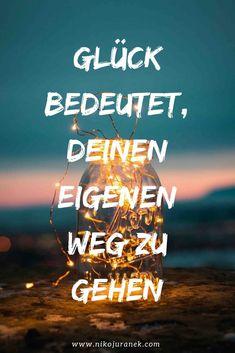 3 poderosas palabras mundanas que te sorprenderán - Sprüche - Positive Mantras, Positive Vibes, Words Quotes, Life Quotes, Sayings, Motivational Quotes, Inspirational Quotes, German Quotes, Social Media Quotes