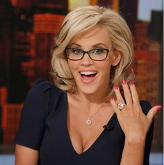 Check Out Jenny McCarthy's Engagement Ring From Donnie Wahlberg