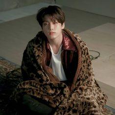 Jeon jungkook bts love yourself tear Jhope, Jimin, Taehyung, Foto Jungkook, Bts Bangtan Boy, Namjoon, Bts Boys, Jung Kook, Daegu