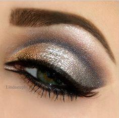 Glitz 'n Glam Eye