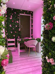 Beauty Room Decor, Beauty Salon Decor, Beauty Salon Interior, Makeup Room Decor, Room Ideas Bedroom, Bedroom Decor, Esthetics Room, Nail Salon Decor, Nail Room