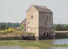 Moulin à marée Le Beauchet, Saint-Père-Marc-en-Poulet, France