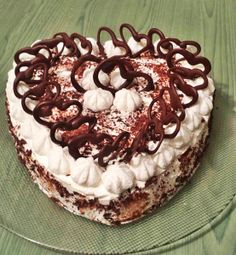 Torta farcita al mascarpone e cioccolato senza cottura  Blog profumi Sapori & Fantasia