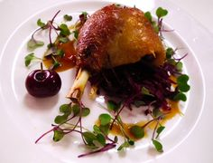 From the main course of todays wedding; Slow cooked confit duck on a bed of red cabbage. Red Cabbage, Grand Hotel, Food Presentation, Wedding Cake, Slow Cooker, Cooking Recipes, Dishes, Bed, Ethnic Recipes