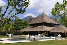 Puri Ganesha Villas Bali. Hotel vegano en Bali Ganesha, Bali Trip, Bali Travel, Yoga Retreat, Villas, Bangkok, Countryside, Singapore, Gazebo