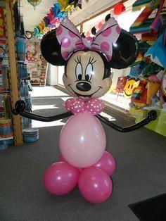 Balloon Minnie Mouse Sculpture www.itspartytimeandrentals.com