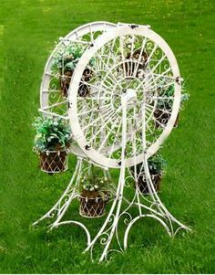 Ferris Wheel Flower Stand (small) from Victorian Trading Co.