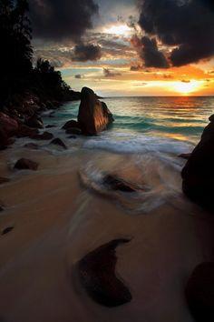 Plage d'Anse Intendance . Mahé . Seychelles